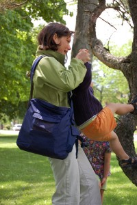 Mother using BackTpack